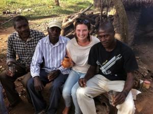 Équipe poissons! Mutebe, Sseguya, ma face rouge (coup de soleil ou trop de vin, on sait pas trop) et Kiberu